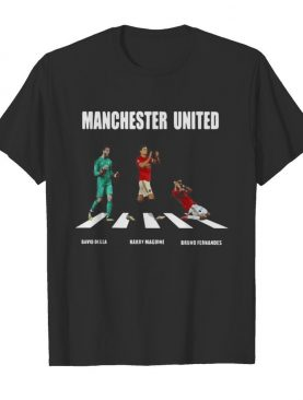 Manchester united players crossing the line shirt